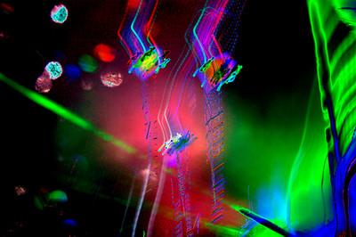 kites-lasers491