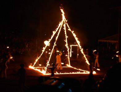 fire-pyramid460