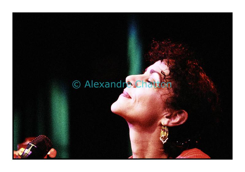 Angélique Ionatos en Session Paradiso au studio 15 de la RSR à Lausanne le 24 avril 2007