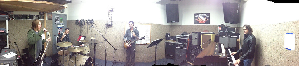 The Disparrows set up @ Rehearsal, North Hollywood, CA