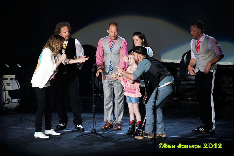 Country Super Star duo Sugarland, Ovation Hall in The Revel Hotel  Casino Atlantic City, New Jersey, 15 June 2012. BEN JOHNSON/PI, prensa-internacional.com