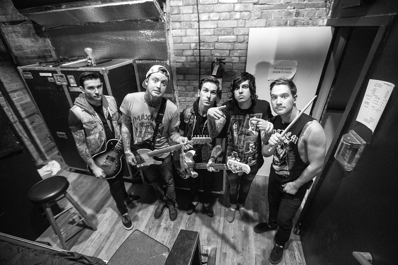 Sleeping With Sirens before their set