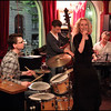 "Light and Easy.. Vocalist <a href=""http://www.mettelethan.dk/"">Mette Lethan</a> with the <a href=""http://www.myspace.com/thomaswalbum"">Thomas Walbum Trio</a> at Tango y Vinos bar."