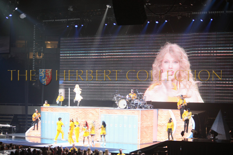 Taylor Swift performs at Nassau Coliseum, NY May 15, 2010