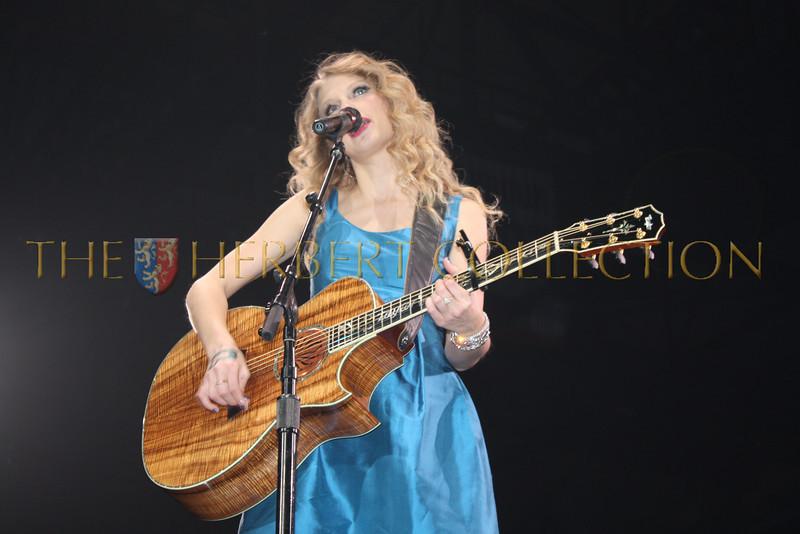 Taylor Swift, May 15, 2010
