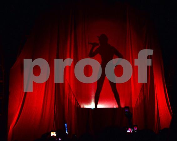 Taylor Swift rocks St Louis