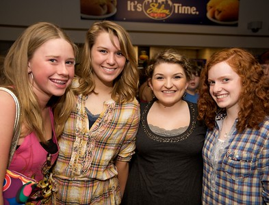 Ali Miller, Andrea Marchyn, Tori Harr and Raigan Sammons of Portsmouth, OH at Taylor Swift