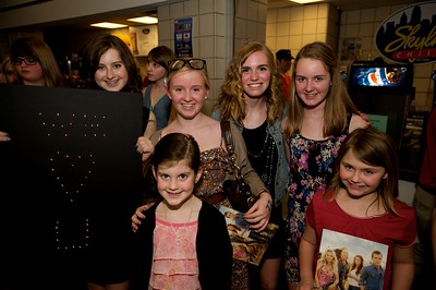 Paige, Allie, Sally, Caroline, Lauren and Savannah from Terrace Park at Taylor Swift