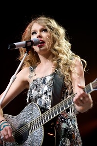 Taylor Swift performs at US Bank Arena on Sunday
