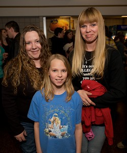 Jessie Burckey, Olivia Smith and Theresa Jacob of Lawrenceburg, IN at Taylor Swift