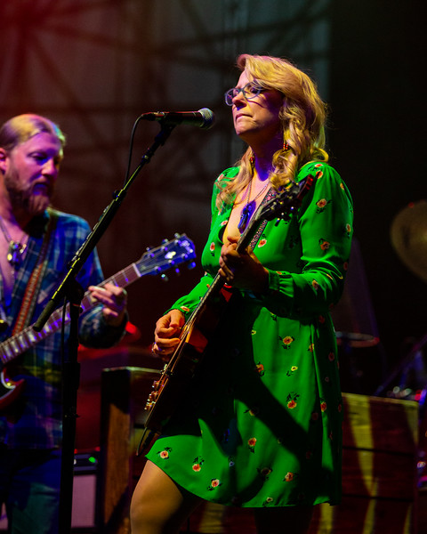 Tedeschi Trucks Band at the Farm Bureau Insurance Lawn at White River in Indianapolis, Indiana on July 24, 2019. Photo by Tony Vasquez for Jams Plus Media.
