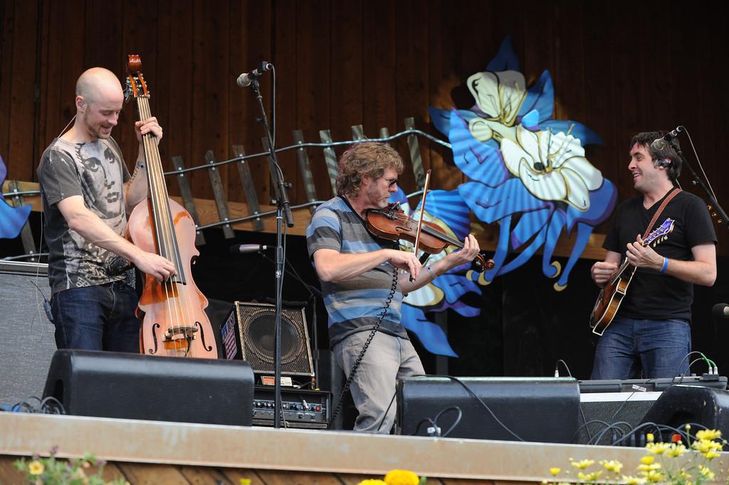 14 Yonder Mountain String Band 12