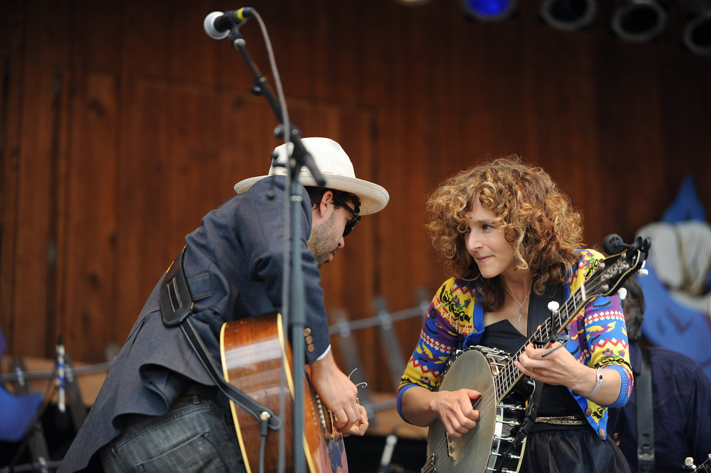 21 Abigail Washburn and the Village 14