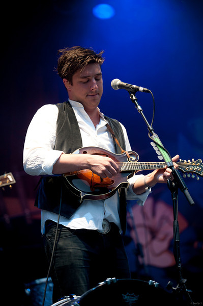 24 Mumford and Sons 02