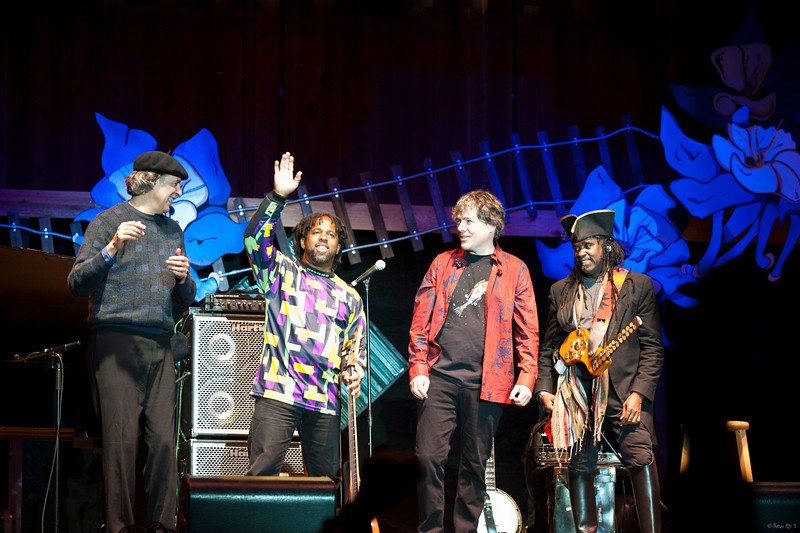 11 Bela Fleck and the Flecktones 18