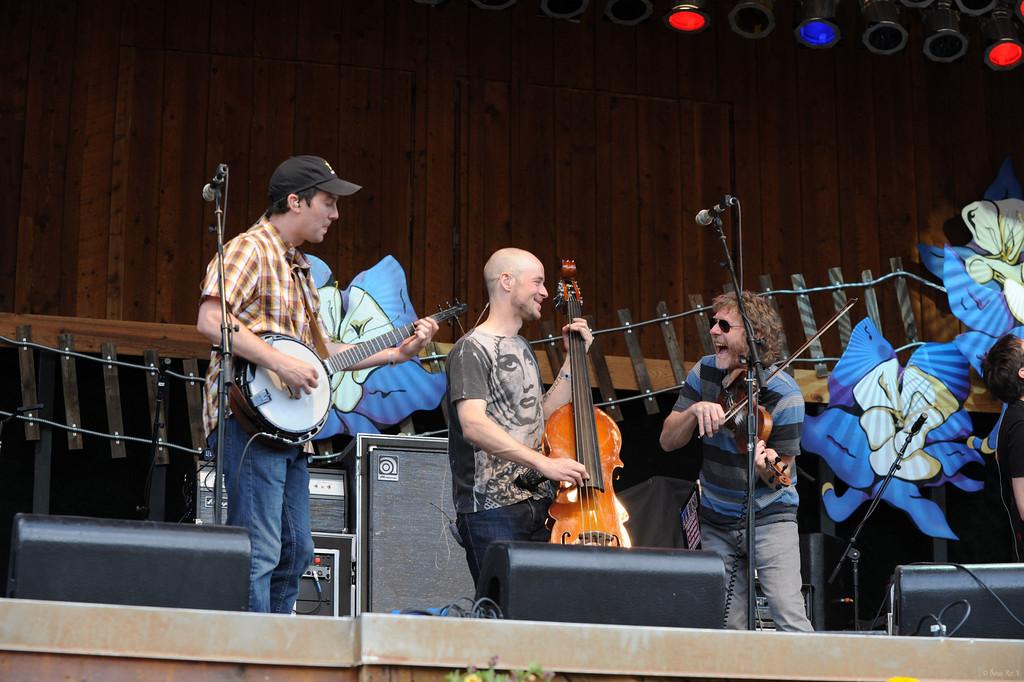 14 Yonder Mountain String Band 11