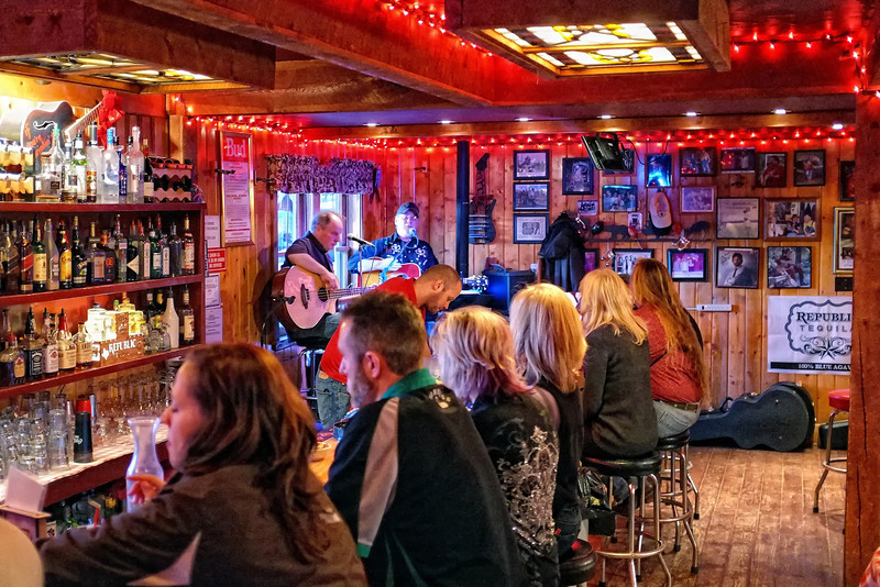 The Lost Love Saloon, Red River