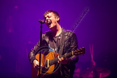 LOS ANGELES, CA - NOVEMBER 03:  Vocalist Will Anderson of Parachute performs at The Wiltern on November 3, 2012 in Los Angeles, California.  (Photo by Chelsea Lauren/WireImage)
