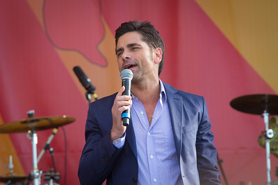 John Stamos Introduces The Beach Boys at Jazzfest New Orleans 2012