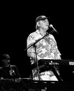 Bruce Johnston Beach Boys 1