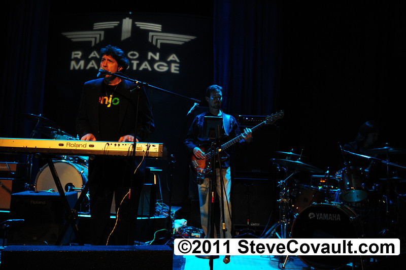 Scott West Band<BR>Ramona Mainstage<BR>Sept 3, 2011<P>