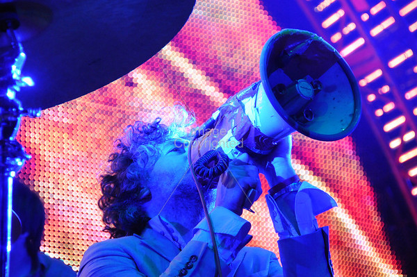 Wayne Coyne, The Flaming Lips, New Years Freakout 2009/2010.