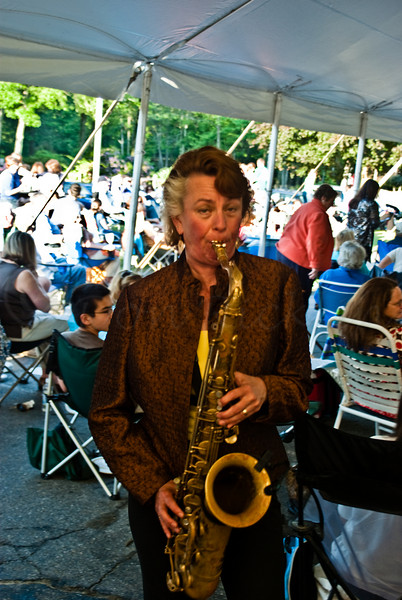 Myanna, in the audiance with her sax.