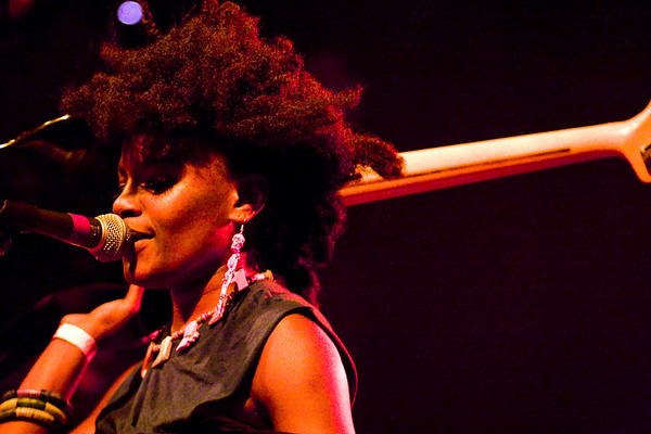The Noisettes - Irving Plaza, NYC - October 19th, 2007 - Pic 14