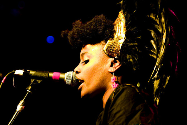 The Noisettes - Irving Plaza, NYC - October 19th, 2007 - Pic 15