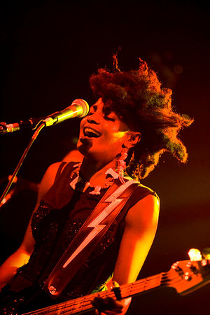 The Noisettes - Irving Plaza, NYC - October 19th, 2007 - Pic 12