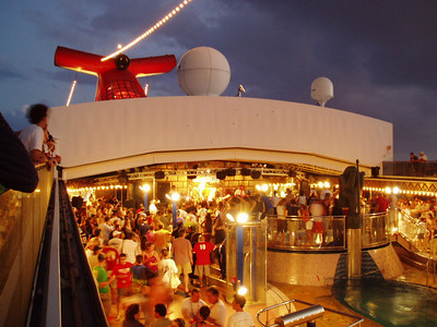A packed Lido deck.
