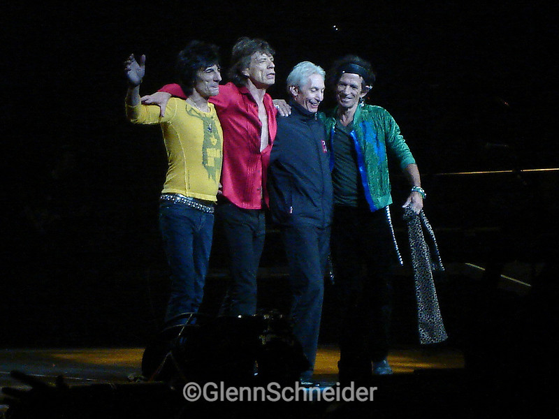 The Rolling Stones at Madison Square Garden, 1-20-06, final bow