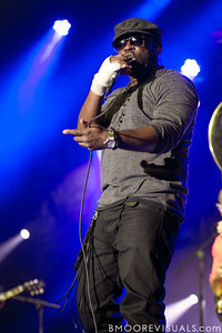 Black Thought of The Roots performs at The Citrus Bowl in Orlando, Florida during Orlando Calling on November 12, 2011