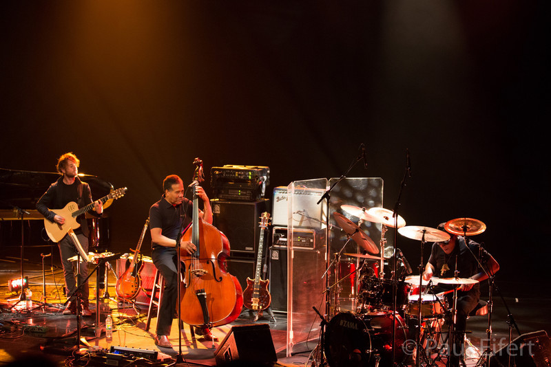 The Stanley Clarke Band play at the Montreal International Jazz Festival on July 1st, 2012.  Stanley Clarke on Bass, Ronald Bruner Jr. on drums, Ruslan Sirota on piano and Charles Altura on guitar.