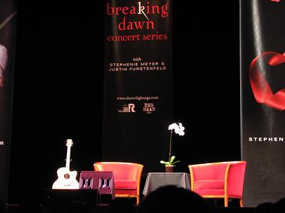 Stephanie Meyer Breaking Dawn Concert - 7 Aug 08 - UCLA - Los Angeles, CA