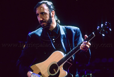 WHO_lp_1023 Pete Townshend and The Who perform live in concert at the Los Angeles Coliseum August 26, 1989 Photo ©Laurie Paladino 1989