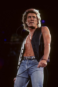 WHO_lp_1001 Roger Daltrey of The Who performs live in concert at Veterans Stadium PA 1989 Photo ©Laurie Paladino 1989