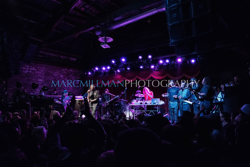 The Roots feat  Usher Brooklyn Bowl (Fri 6 3 16)_June 03, 20160723-Edit