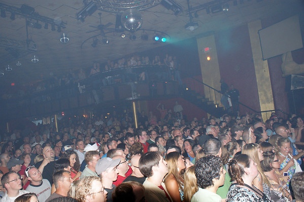 Packed House @ the Vogue