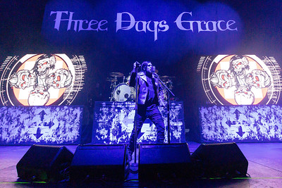 Three Days Grace 2019 003