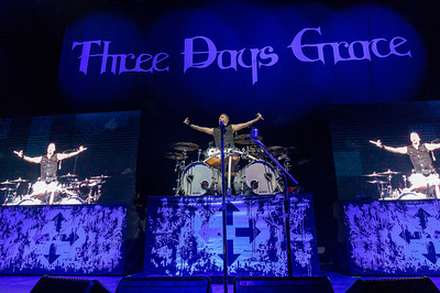 Three Days Grace 2019 001