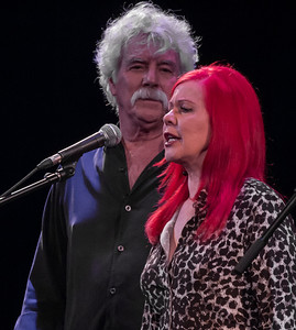 Tom Rush and Kate Pierson (B-52's) performing together at Tarrytown Music Hall, Tarrytown, NY, 6/18/16.