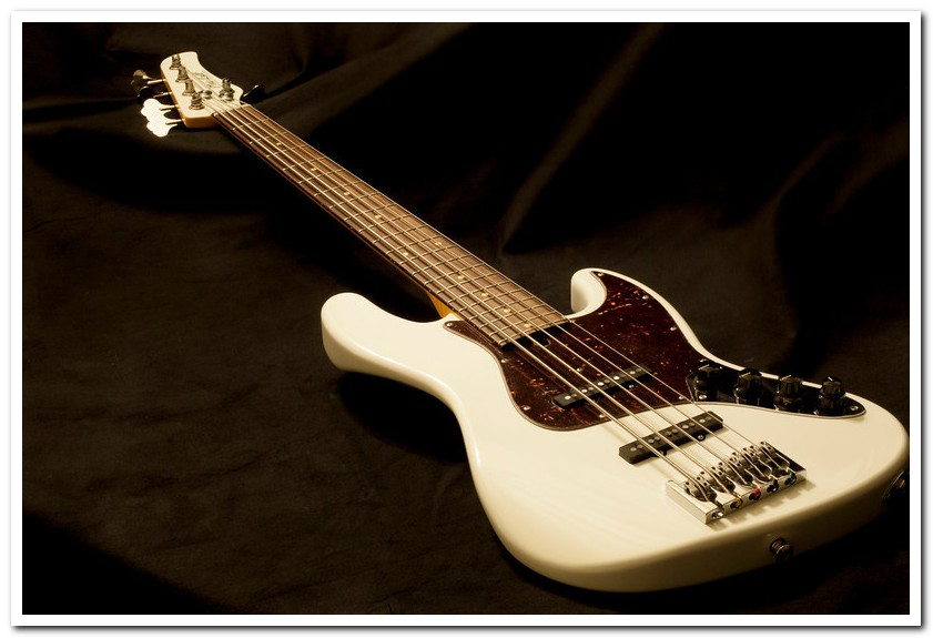 Mike Lull MV5 bass serial number 2200 owned by Bob Heathcote
