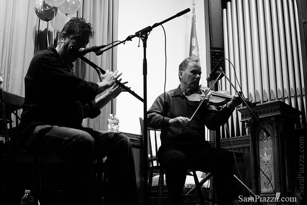 Laurence Nugent and Seamus Connolly in Vineyard Haven
