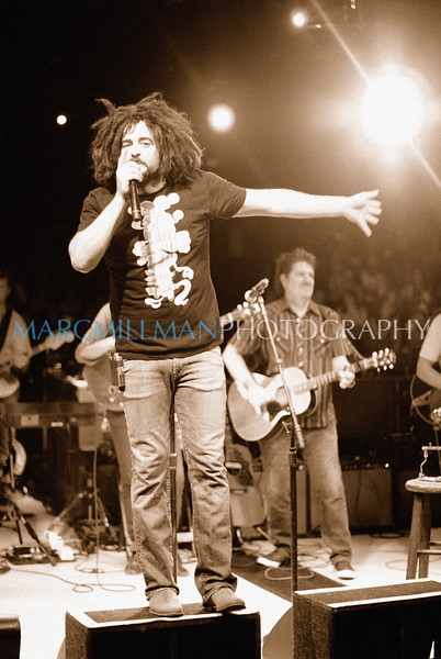 Mrs. Potter's Lullaby <br /> <br /> Counting Crows (Theatre @ Westbury- Wed 8/4/10) sepia