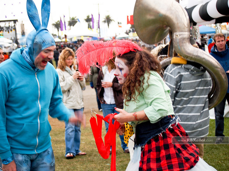 Blue bunny and feather clown