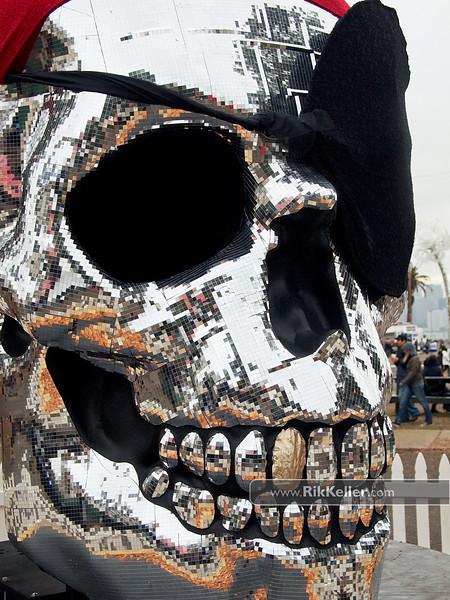 Disco pirate skull