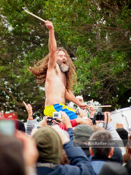 """Ami Shalev of Monotonix<br /> Ami Shalev of Monotonix<br /> """"...hirsute singer Ami Shalev (who looks like a cross between Doug Henning and old-school Ted Nugent)...""""<br />  <a href=""""http://blogs.houstonpress.com/rocks/2008/03/monotonix_rules_south_by_south.php"""">http://blogs.houstonpress.com/rocks/2008/03/monotonix_rules_south_by_south.php</a> edit"""