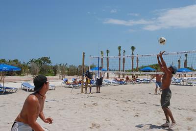 tropical fest 4-20-08 005