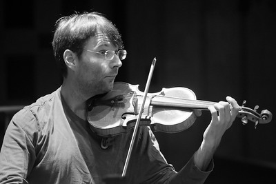 Violinist Oleg Sulyga -- Black and White